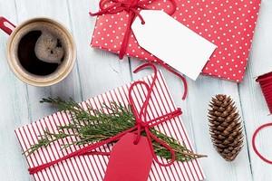 Упаковка, которая сделает любой подарок незабываемым: 10 идей с инструкциями