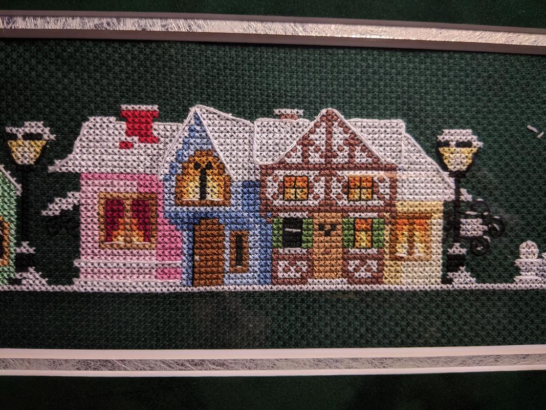 Вышивка «Зимний городок»