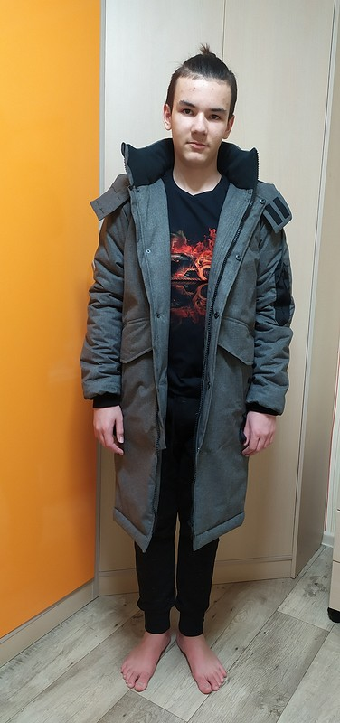 Зимняя куртка-пальто длясына