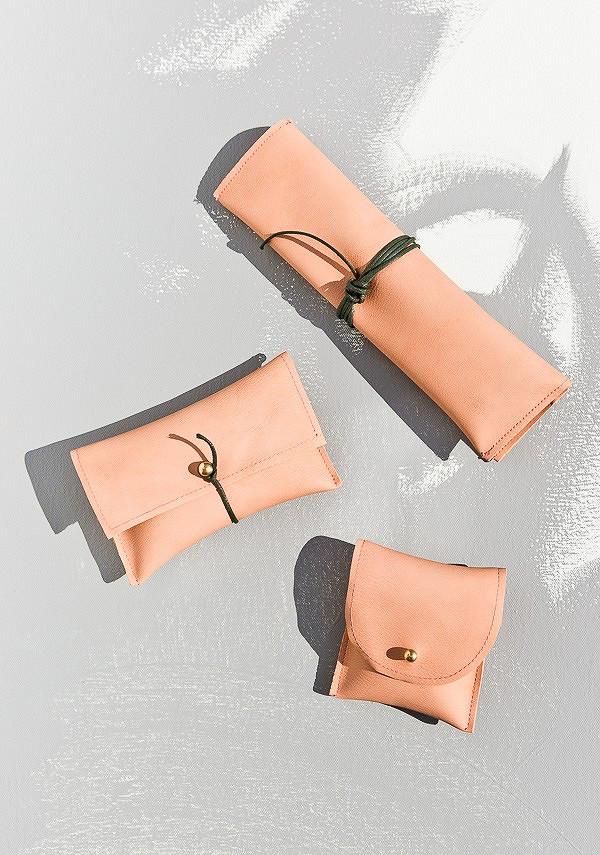 Идея: кожаные сумочки длякосметики
