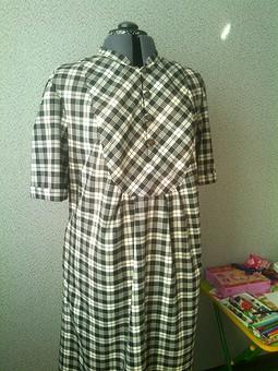 Работа с названием Платье для бабушки