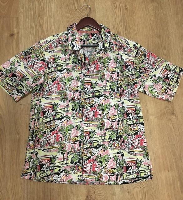 Гавайская рубашка