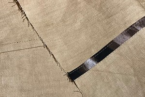 Как обработать косой бейкой припуски шва с отстрочкой