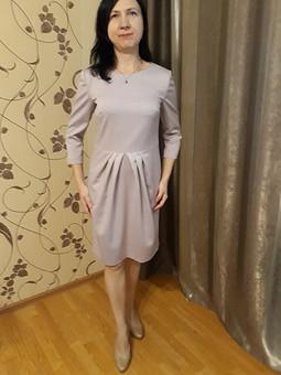 Работа с названием Платье с юбкой тюльпан