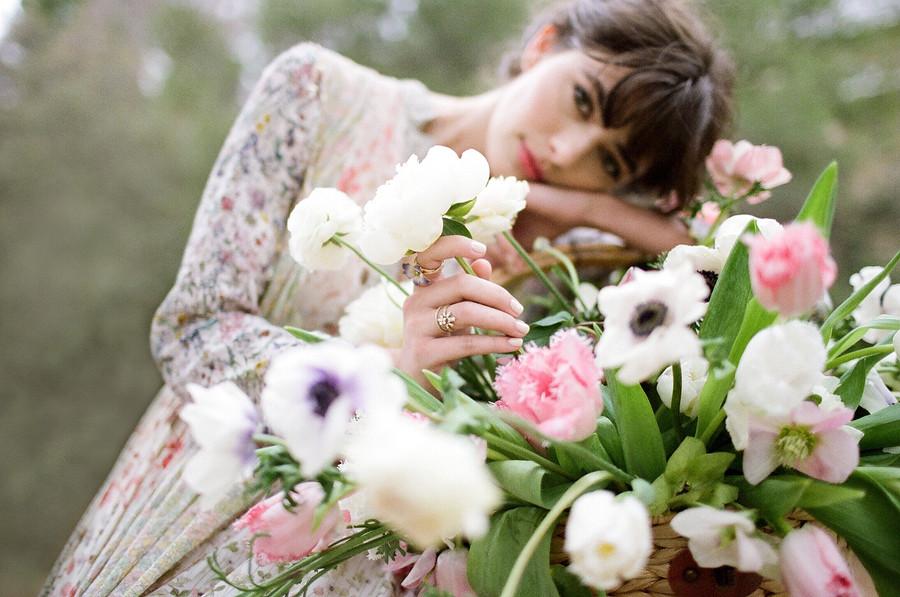 5 эффектных платьев длятех, кто вотличной форме
