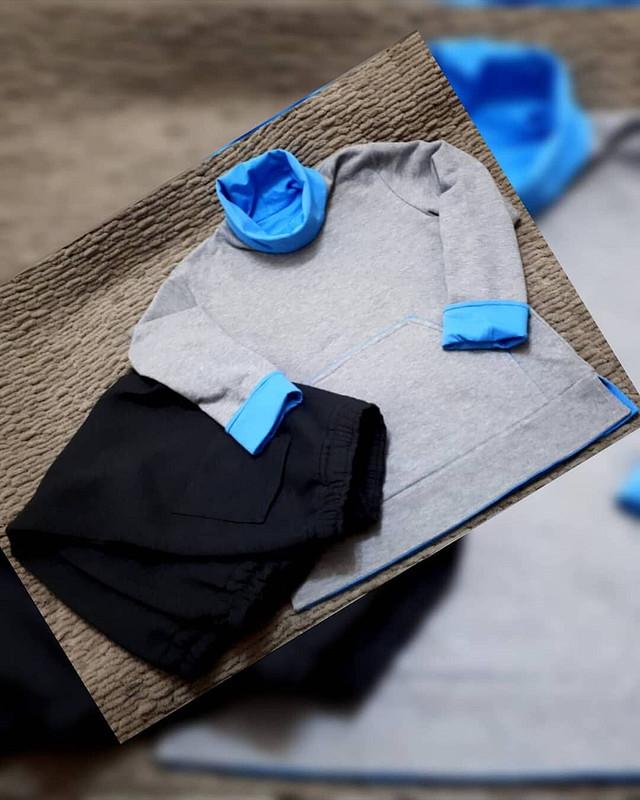 Двухсторонний пуловер своротником