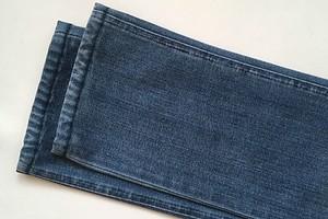Как подшить джинсы и сделать потёртости: мастер-класс