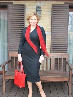 Работа с названием Маленькое, чёрное, винтажное платье