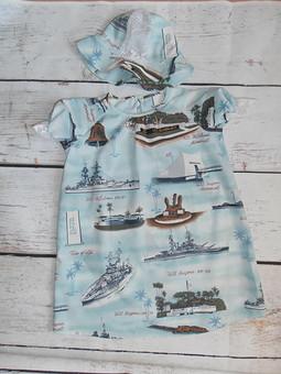 Работа с названием Комплект в морском стиле: платье и панамка