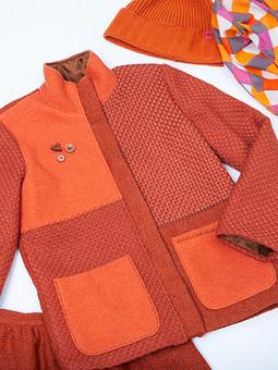 Работа с названием Куртка из лоскутков