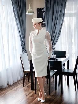 Работа с названием Белое платье
