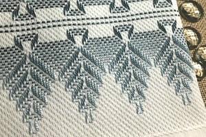 Шведская вышивка: удивительные узоры из простых стежков