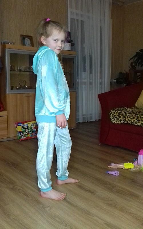Спортивный костюм: анорак ибрюки от Gannett77