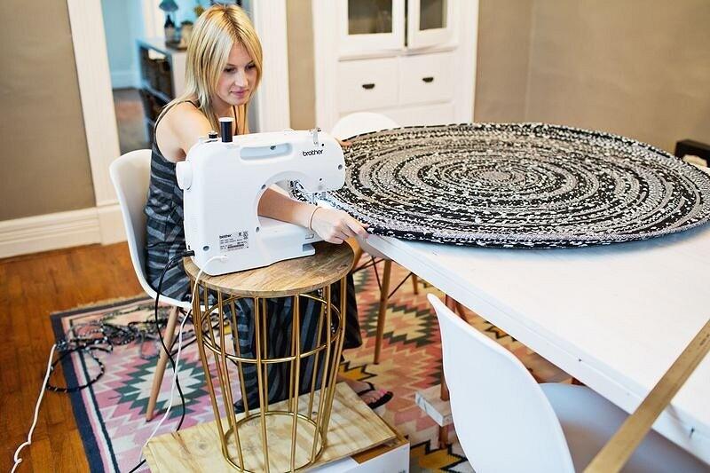 Круглый коврик изткани ишнура: мастер-класс
