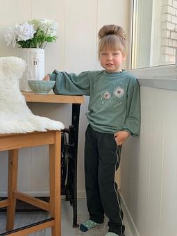 Работа с названием Детские брюки