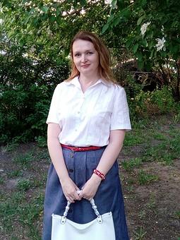 Работа с названием Белая рубашка - основа гардероба