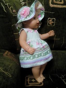 Работа с названием Платья для куклы и для девочки