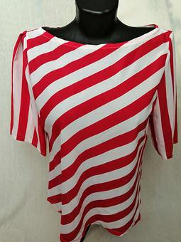 Работа с названием Блузка в красную полосочку