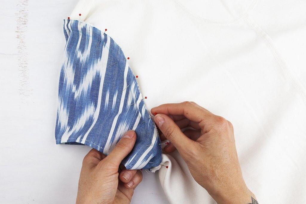 Идея переделки: футболка сцветным рукавом