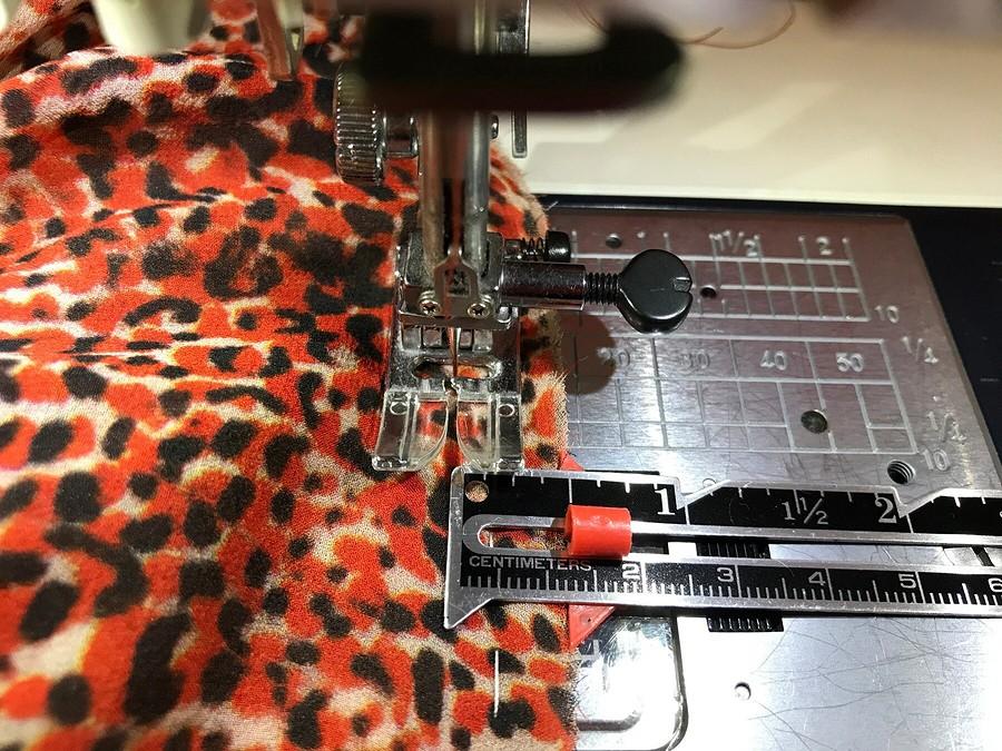 Как выполнить кулиску вплатье изшёлкового шифона