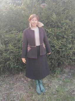 Работа с названием Жакет и юбка, или Двоечка вместо пальто