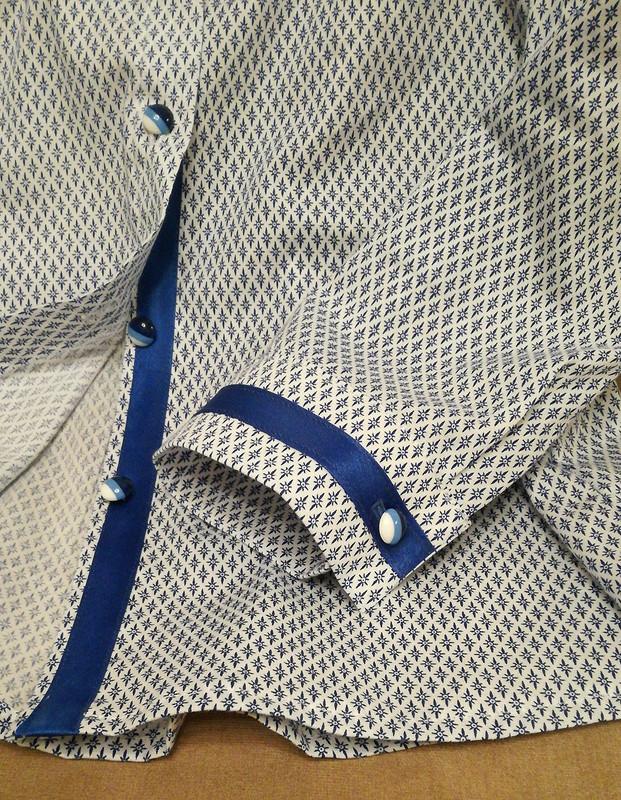 Мальчишеская рубашка сженственными нотками