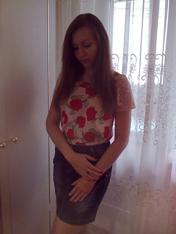Блузка «Красные розы»