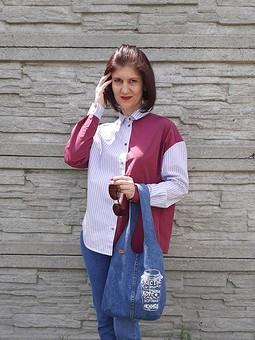 Работа с названием Рубашки из рубашек)