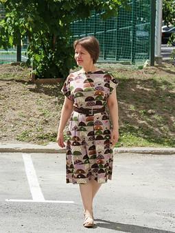 Работа с названием Очередное быстро-платье