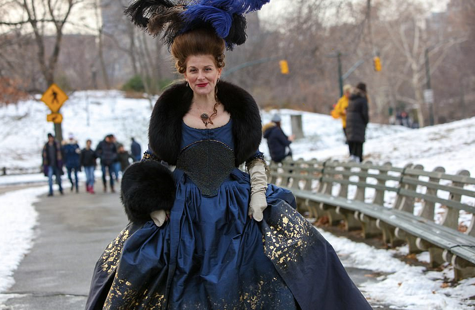 Модница изXVIII века наулицах современного Нью-Йорка: Instagram Лорен Росси