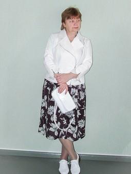 Работа с названием Платье к косухе или косуха к платью?...