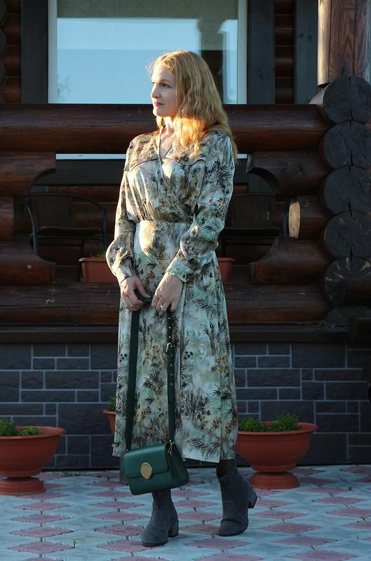 Платье вприродных тонах от Elena Leo