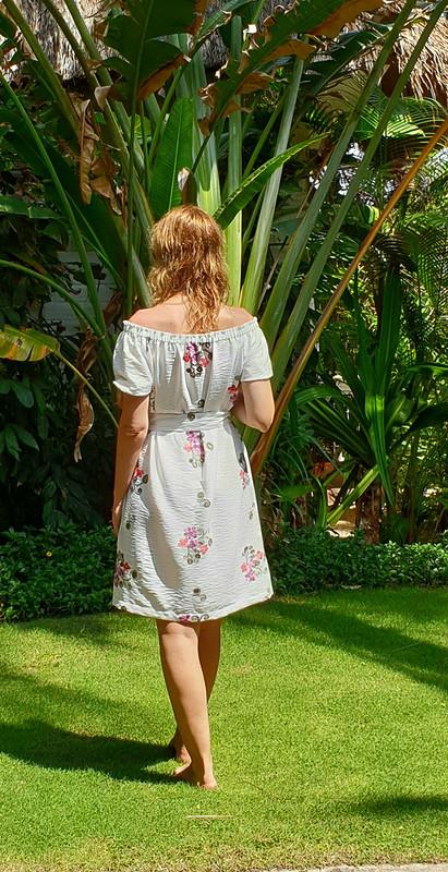Платье «Белое назагорелое!!!»