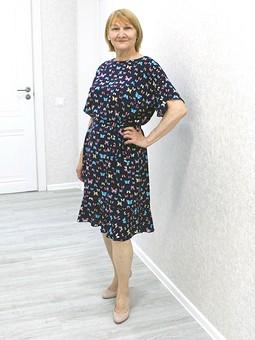 Работа с названием Летящее платье из штапеля для мамы