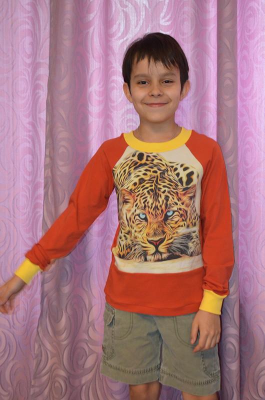 Пуловеры-лонгсливы «Лев иЯгуар»
