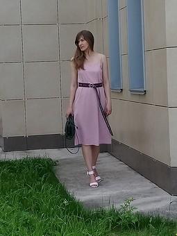 Работа с названием Платье в бельевом стиле