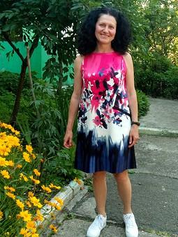 Работа с названием Очень летнее платье