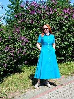 Работа с названием Бирюзовое платье