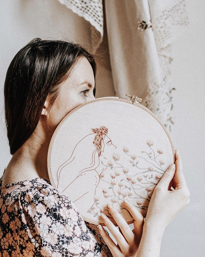 Очаровательные вышивки, похожие наиллюстрации: рукодельный instagram недели