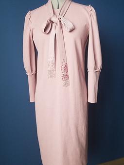Работа с названием Платье из кашкорсе с люрексом