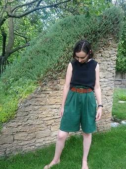 Работа с названием Широкие  шорты для дочери