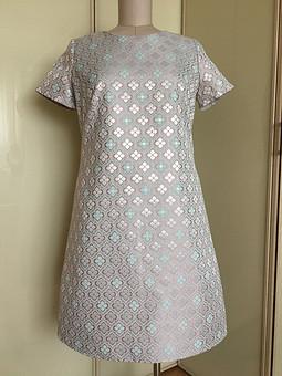 Работа с названием Жаккардовое нарядное платье