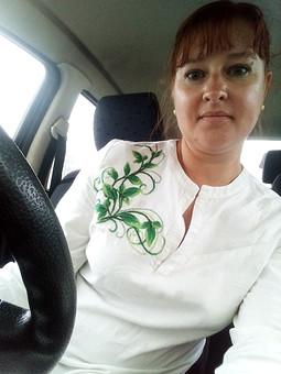 Работа с названием Рубашка с вышивкой