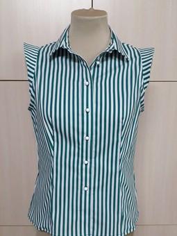 Работа с названием Летняя блузка из каталога Burda