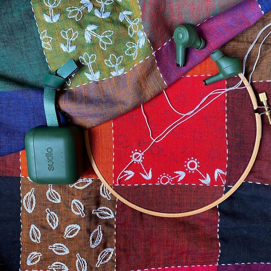 Яркие вышивки — отнебольших домасштабных: рукодельный instagram недели