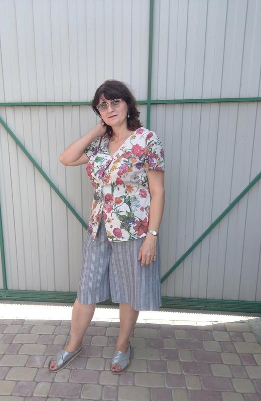 Блуза сцветами от janni