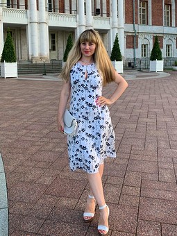 Работа с названием Платье из вискозного штапеля