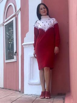 Работа с названием Платье-свитер