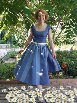 Работа с названием День Семьи с OlgaLeto :-) Платье с 28-ми детальной юбкой)))