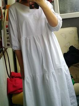 Работа с названием Белое платье из льна